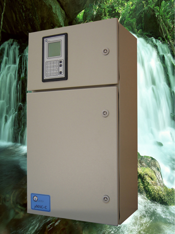 On-line total phosphorus analyzer